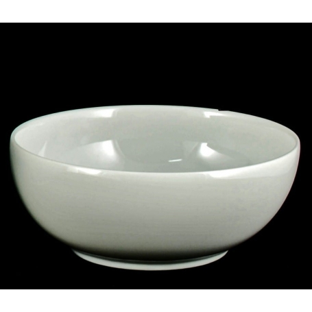 Small, white porcelain bowl Luna. White collection