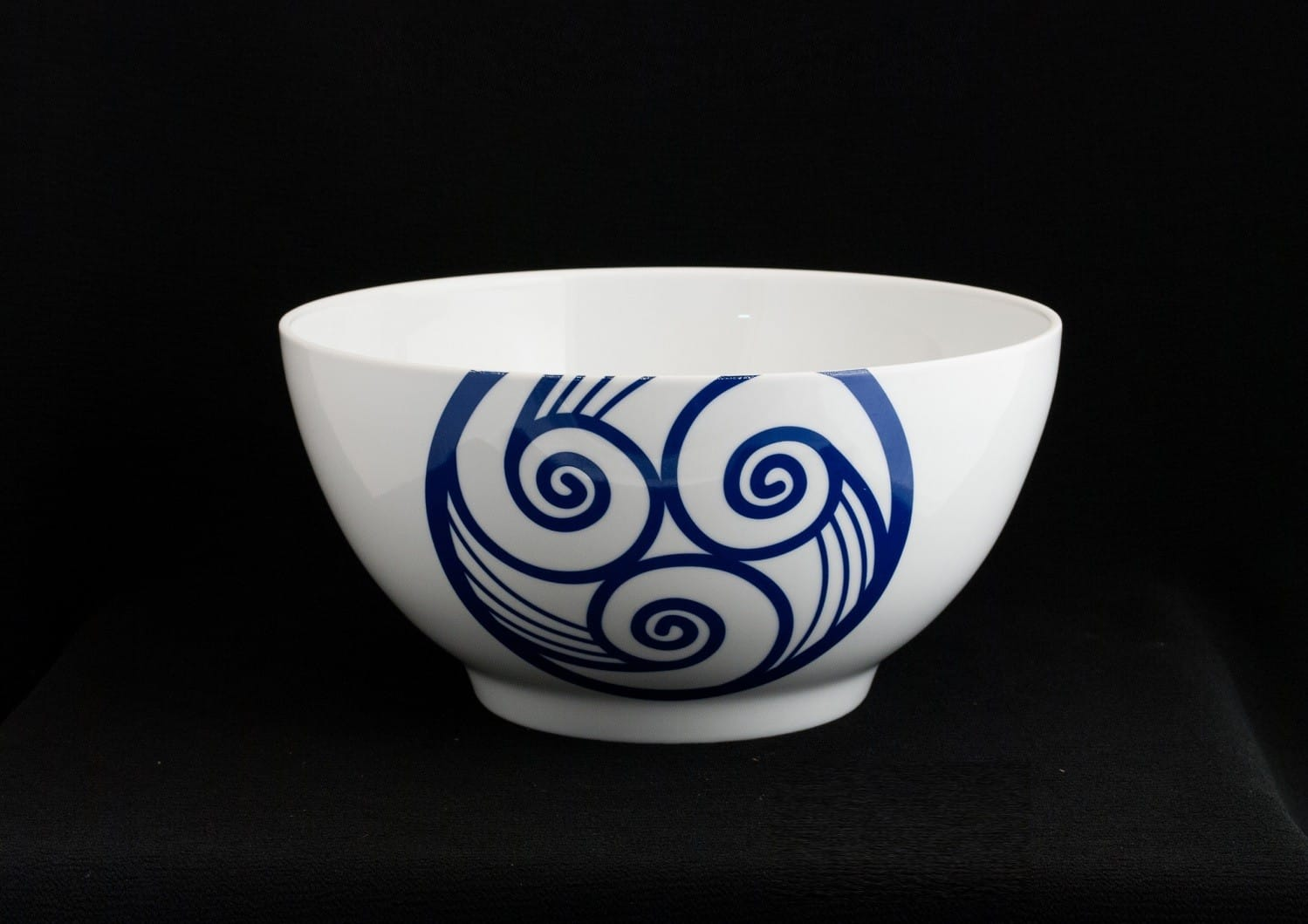 Ema serving bowl. Lúa collection.