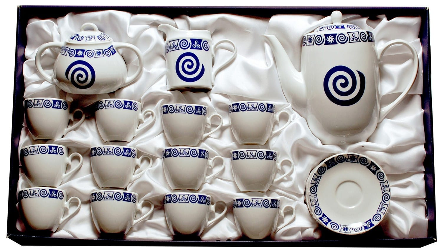 Fifteen-piece coffee set Volare. Celta collection.