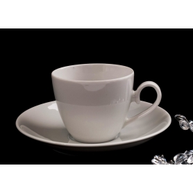 Volare tea cup and saucer. White collection.