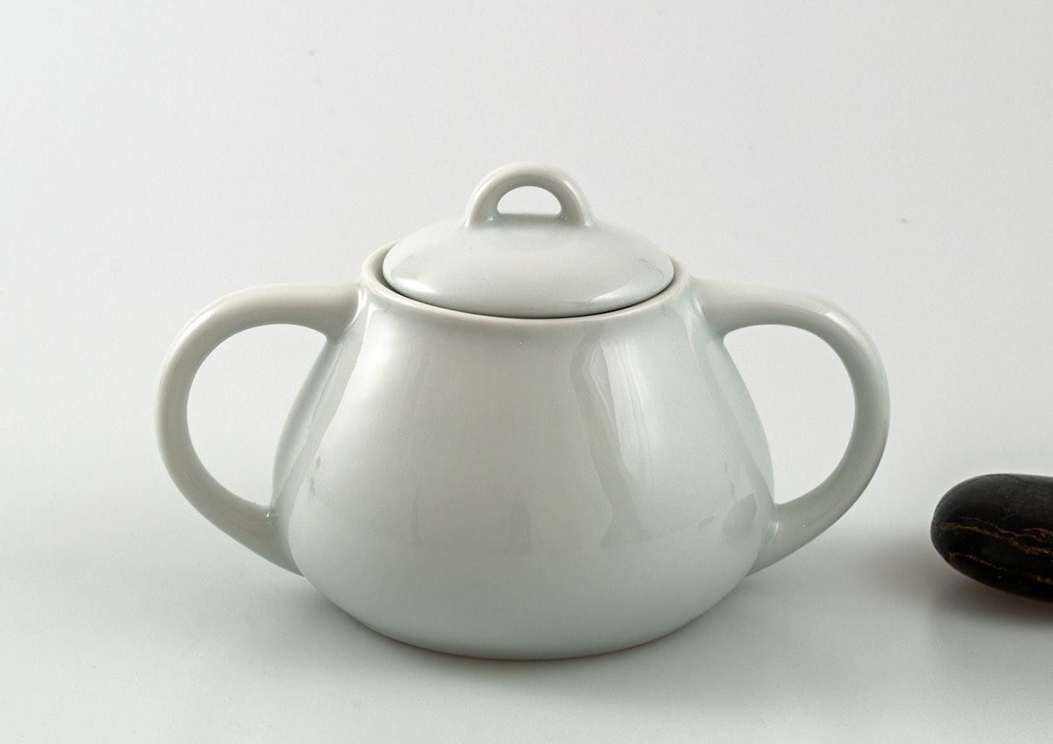 Moments sugar bowl. White collection.