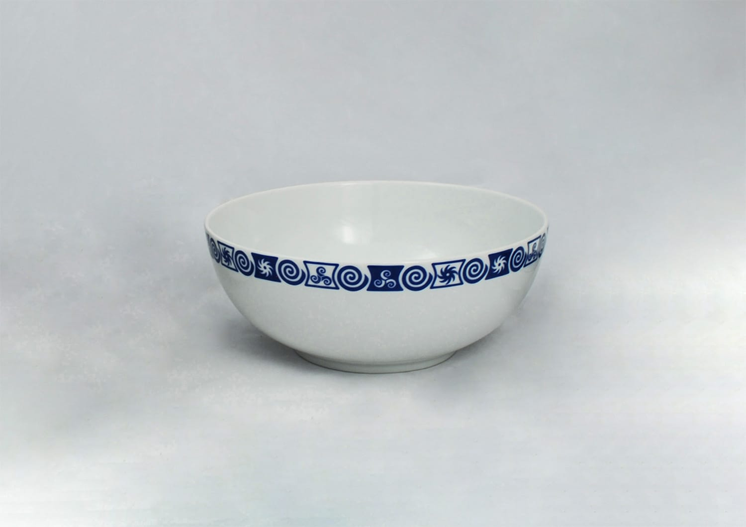 Ema serving bowl. Celta collection.