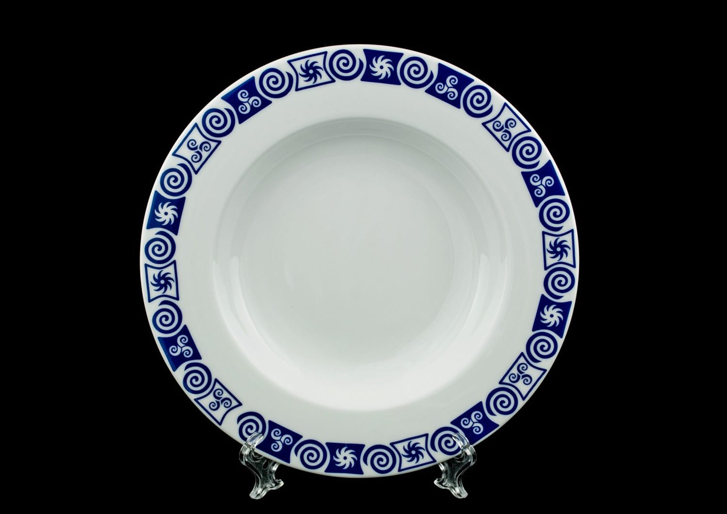 Coimbra deep plate. Celta collection.