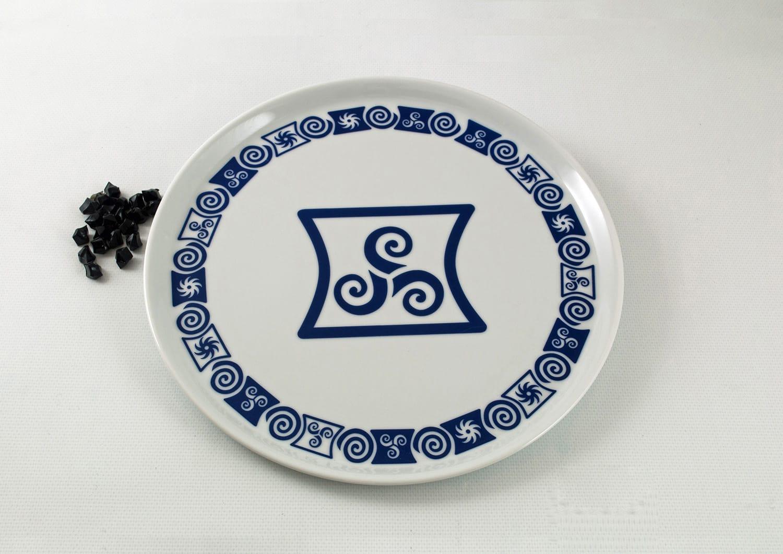 Plato grande tortilla pizza col. Celta