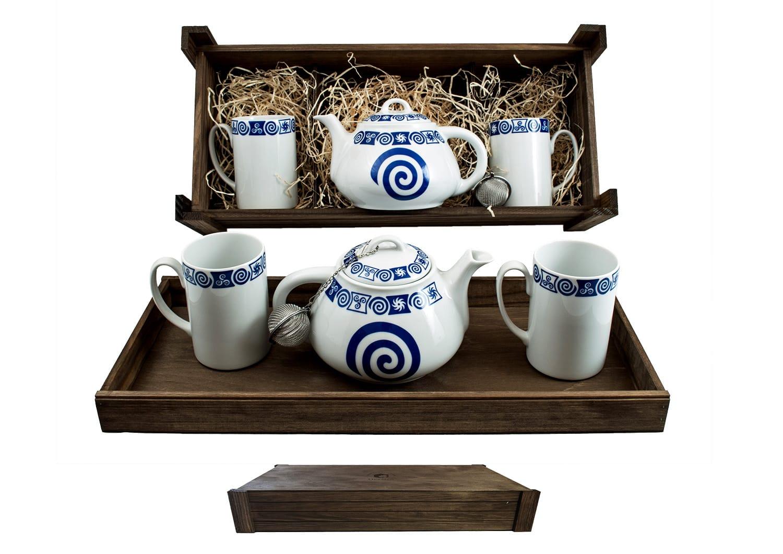 Four-piece tea set in wooden box. Ema Mug desing, Celta Collection