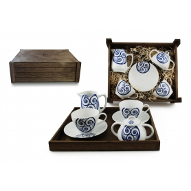 Four-piece breakfast set in wooden box. Volare Desing, Lua Collection