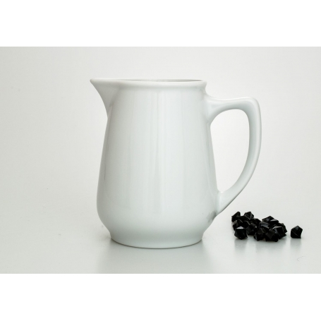 Gaspar milk pot. White collection.