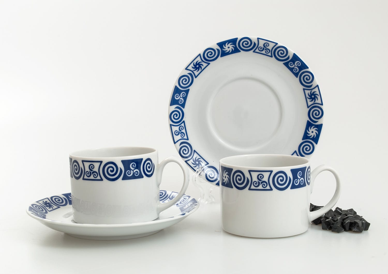 Taza y plato de té Pombal col. Celta