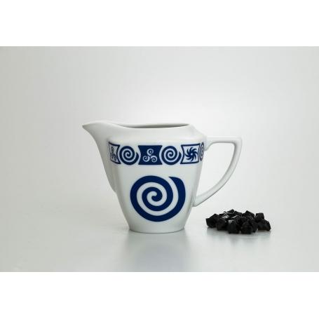 Milk pot. Square design, Celta collection.