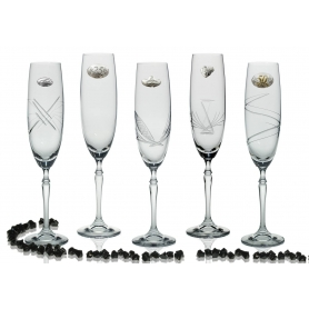 Barbelina champagne flutes for wedding/anniversary gift