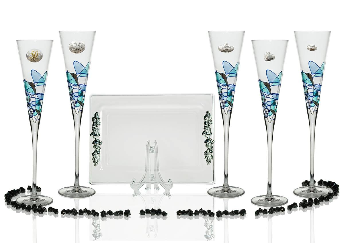 Milano Galeria champagne flutes and Rialto tray for wedding or anniversary gift