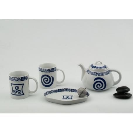 Juego de té  Mug Ema con tetera, bandeja de aperitivos y colador