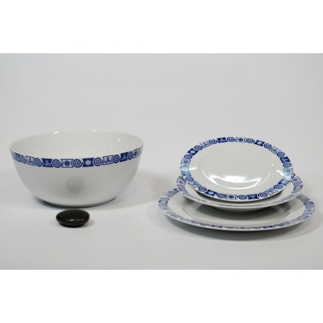 37-piece dinnerware set. Ema design, Celta collection.