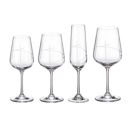 Bohemian glassware by carved pieces Strix 203
