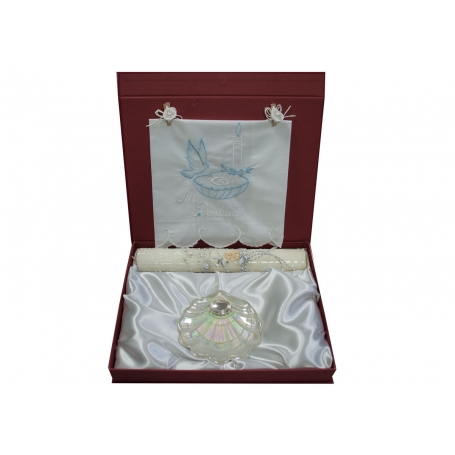 copy of Baptism gift set. Nacre shell and decorated candle.